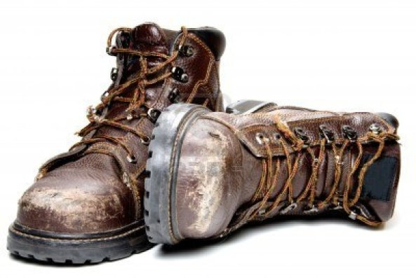 5615432-a-pair-of-well-worn-work-boots